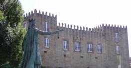 Queen Teresa Estatue, in Ponte de Lima
